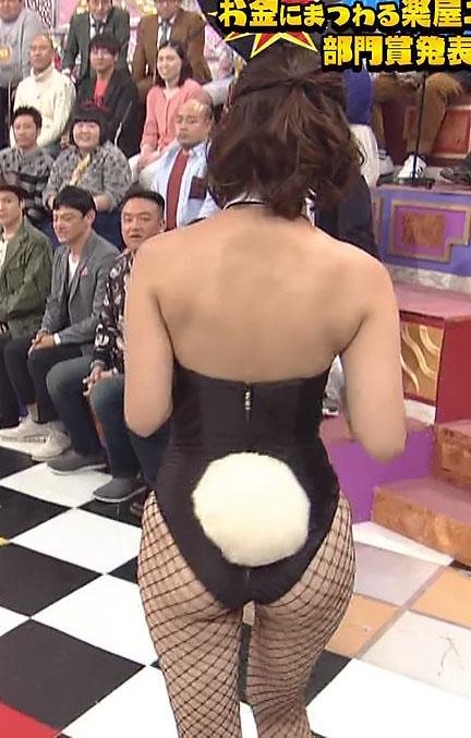 河瀬杏美(28)ハミヒップしまくり網タイツバニーコス姿がクッソえろい♪♪【エロ画像】
