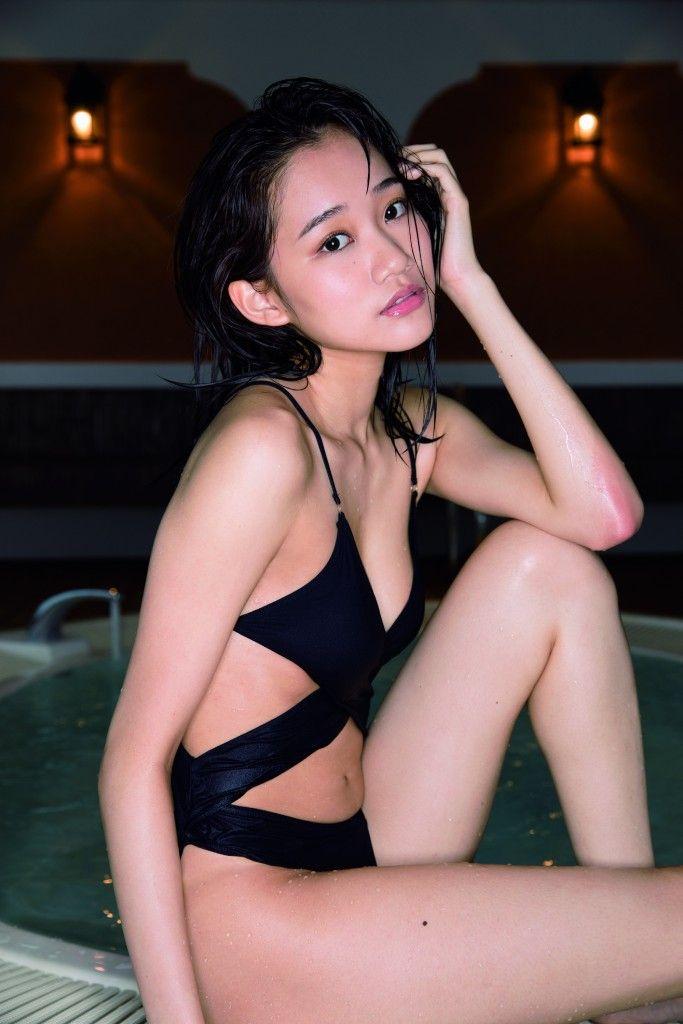 保﨑麗(18)ミスFLASH2018の細身モデルが細身好きにはたまらんwwww(えろ写真)