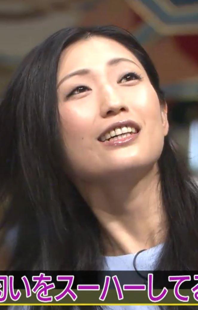 壇蜜(36)髪の匂いマニアチカンにあった話をする姿がなんかえろいwwww(えろ写真)