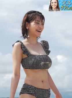 岸明日香(27)の下乳おっぱいがエロいTV水着キャプww【エロ画像】 表紙