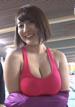 紺野栞(23)さまスポで見せつけたHカップがヌけるwwww(えろ写真)