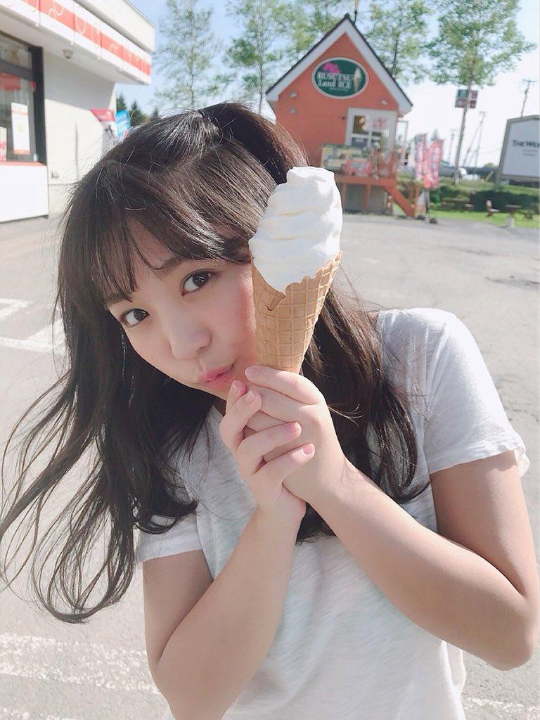 大原優乃(18)のソフトクリーム食べてる姿が疑似フェラチオ妄想不可避♪♪【エロ画像】