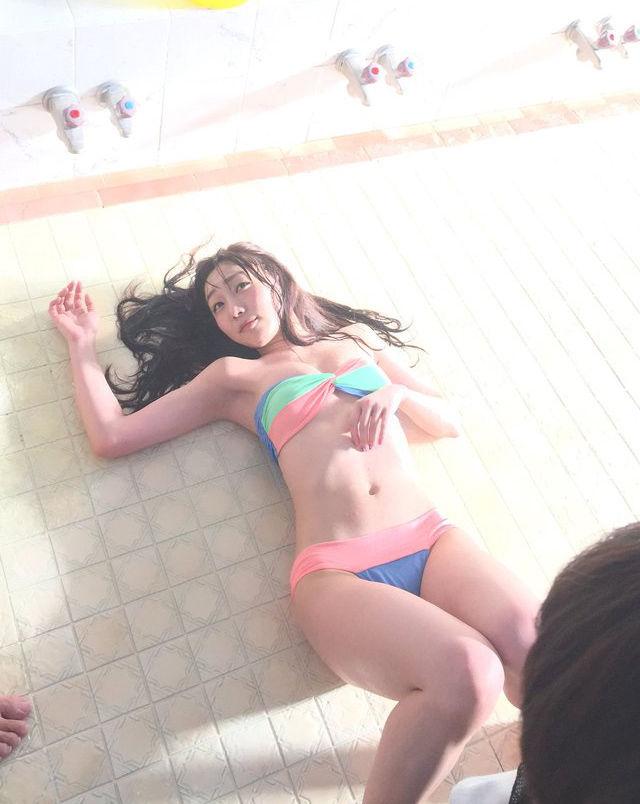 須田亜香里(26)銭湯でのグラビアがAVみたいでエロいww【エロ画像】