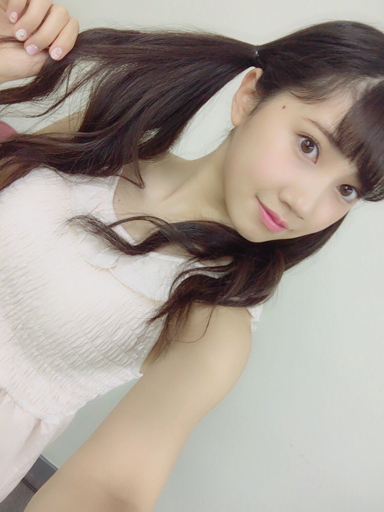 SKE48北川綾巴(19)のツインテ自画撮り、水着グラビアがエロいww【エロ画像】 表紙