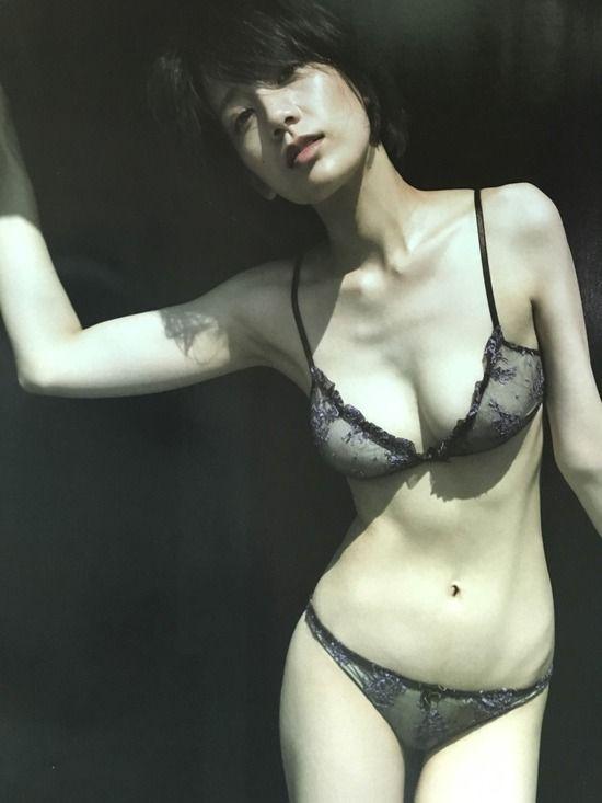 佐藤美希(25)の写真集の水着や下着姿がぐうシコ