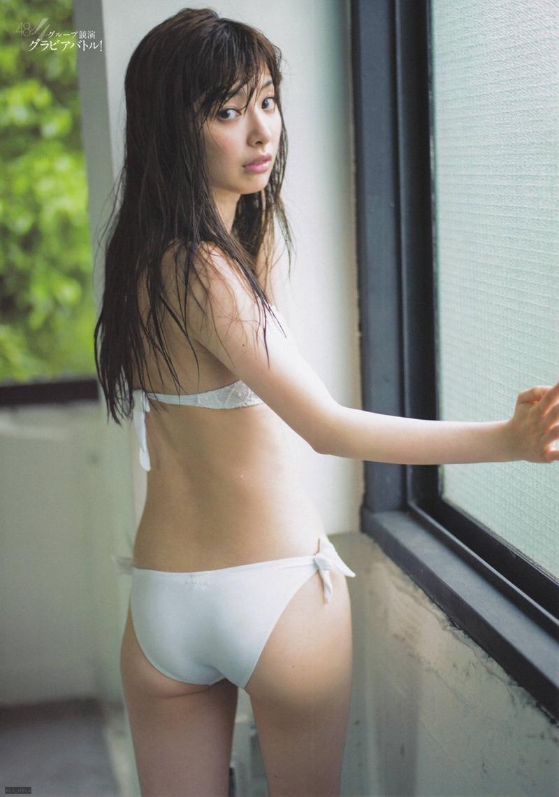 AKB武藤十夢(21)のプリプリの尻と細いくびれがエロい!ほくろおっぱいに目が釘付け!