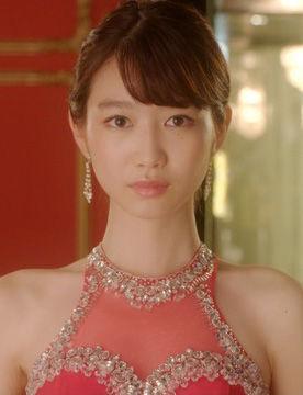 岡本夏美(19)背中開きまくりのキャバドレス姿がエロいww【エロ画像】 表紙