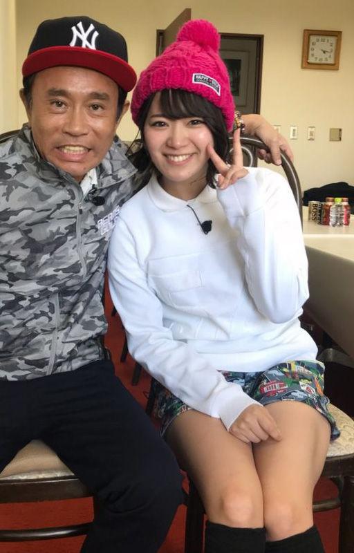 SKE48山内鈴蘭(23)のゴルフウェア姿や胸チラ谷間がえろいwwww(えろ写真)