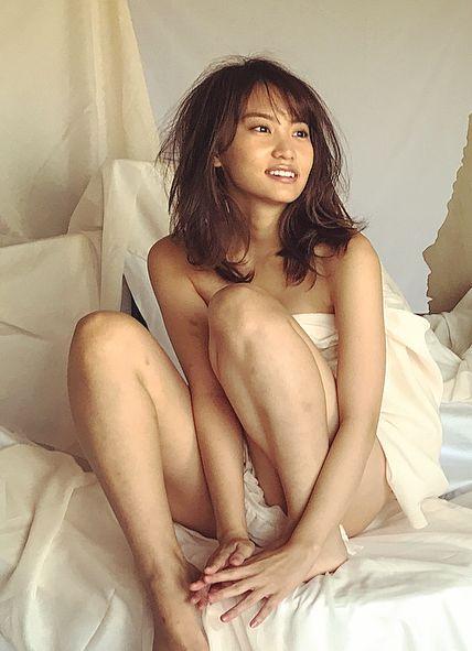 永尾まりや(23)インスタで見せたブラなし胸チラ姿がポ少女寸前でヌけるwwww(えろ写真)
