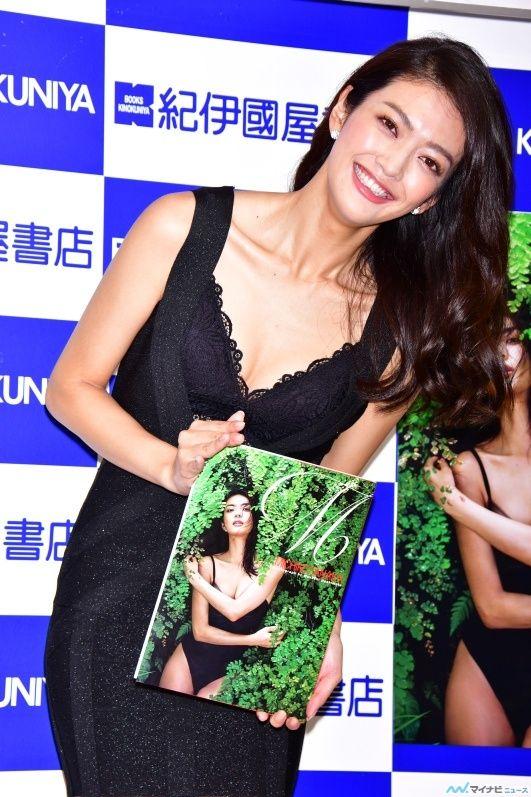 田中道子(27)初写真集でTSEX下着を披露した色っぽい模範生!!!!【エロ画像】