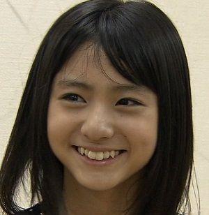 天使もえ(23)のAV女優がコンドーム配る姿がなんかエロいww【エロ画像】