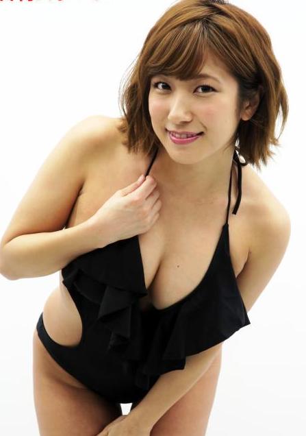 元SKE48佐藤聖羅(25)Gカップがたまらんミズ着グラビアがヌけるwwww(えろ写真)