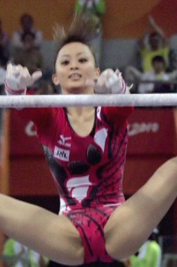 田中理恵(30)妊娠した元体操選手の股間大開脚wwww(えろ写真)
