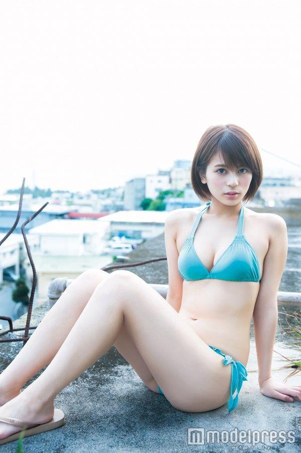 "150cmのハーフ美少女・吉﨑綾(20)のムチムチ太ももがエロい!""福岡の奇跡"