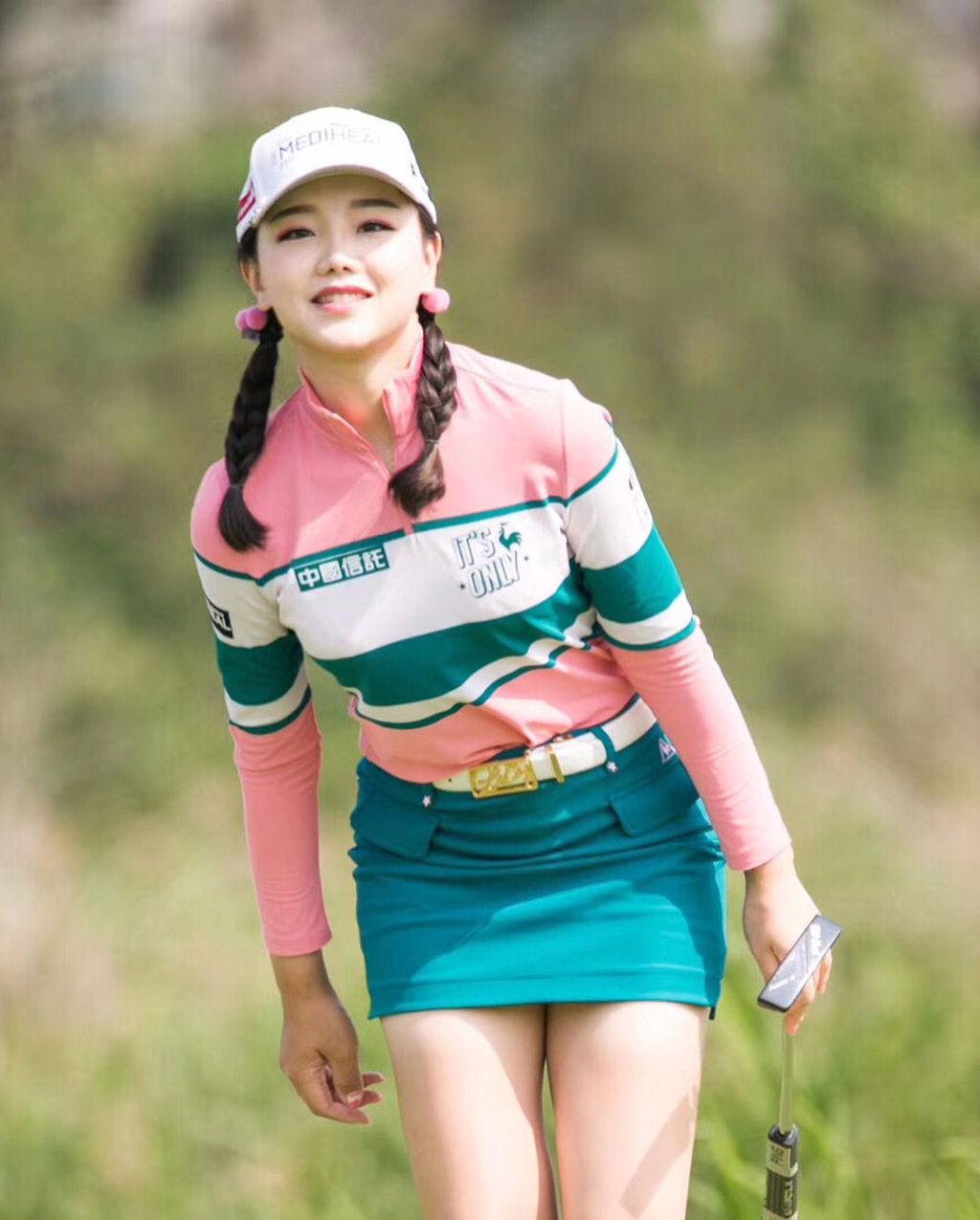セキ・ユウティン(20)中国人女子ゴルファーの美足がヌけるwwww(えろ写真)