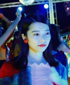 島崎遥香(22)卒業曲のMVでぱるるが劣化しててブサいwwこの勘違い女卒業して大丈夫なん?ww【エロ画像】 表紙