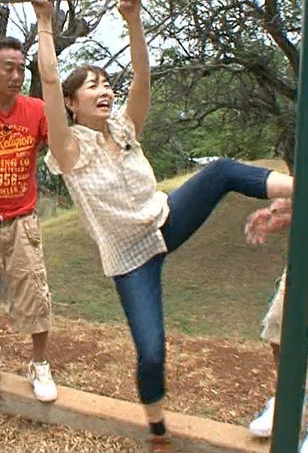 モヤさまで狩野恵里(27)アナがムチムチ太ももとお尻をぱっくりお届け【エロ画像】 表紙