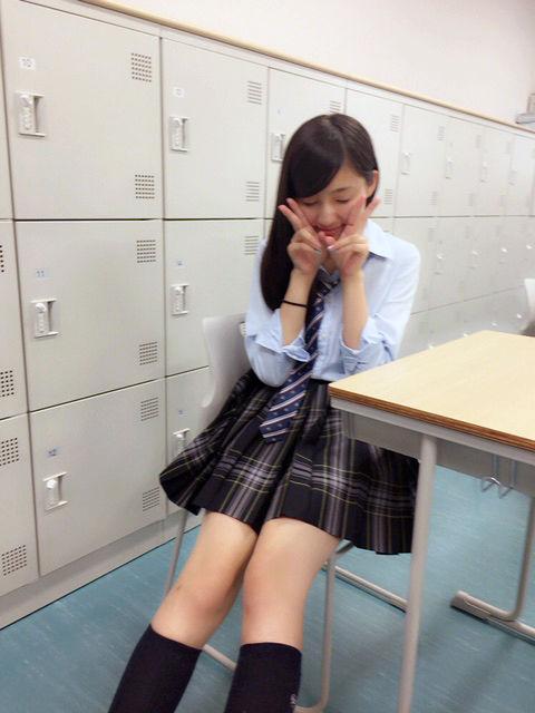 美少女JK女優・吉田里琴(16)が引退!ミニスカ制服太もも画像あり!天才子役!