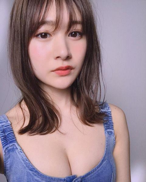 NGT48加藤美南(19)総選挙ガイドブックのおっぱいがけしからんww【エロ画像】 表紙
