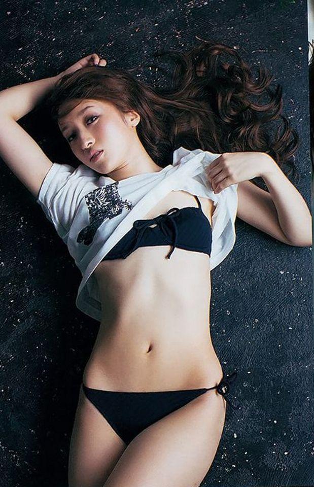 梅田 彩佳 初 写真 集