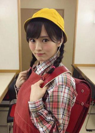 NMB48山本彩(24)のランドセルコス姿が妙にえろくてヌけるwwww(えろ写真)
