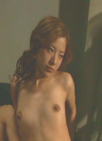 吉高由里子(28)濡れ場のおっぱいが生々しくていつ見てもエロい!巨乳じゃなくてもありだなww【エロ画像】