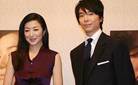 長谷川博己と鈴木京香