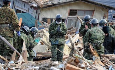 東日本大震災の時、ごめんなぁと呟いた隊員の顔を俺は一生忘れない。