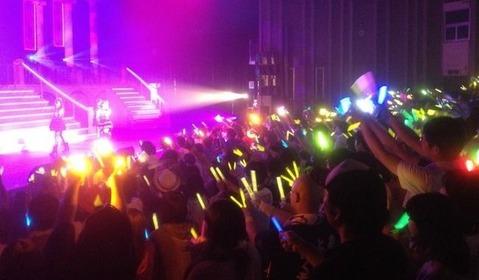 アイドルのライブ会場