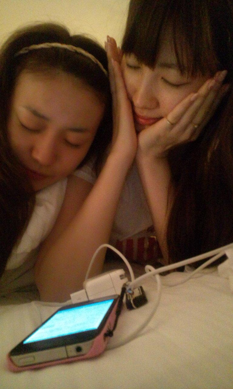 AKB大島優子と小嶋陽菜がすっぴん顔を披露 「2人とも可愛すぎる」と ...