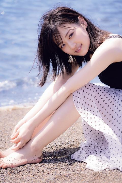 【乃木坂46】山下美月があざとい、でも、可愛い!!「マガジン」グラビア