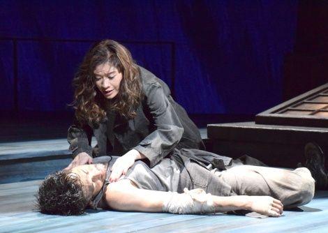 篠原涼子(44)、13年ぶり舞台で初主演