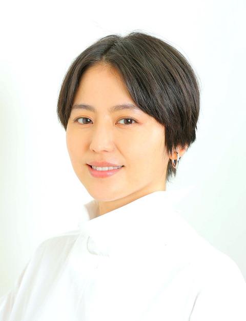 【視聴率】長澤まさみ主演ドラマ「コンフィデンスマンJP」最終回は9.2%…「月9」3作連続2ケタ届かずwwwwwwww