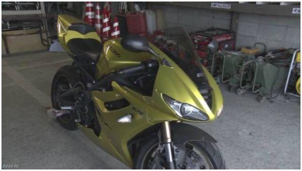 【アクアライン】大型バイク「デイトナ675se」で時速239キロ 「いいね」得るため