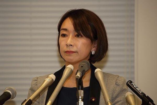 【ダブル不倫疑惑】山尾志桜里議員、法廷で説明責任へ=夫の債権者が代位訴訟