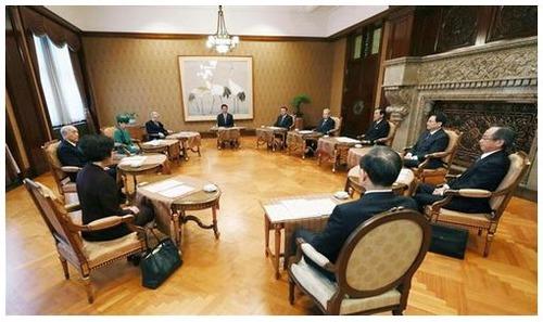 【皇室会議】天皇陛下退位19年4月30日に 新元号は5月1日施行