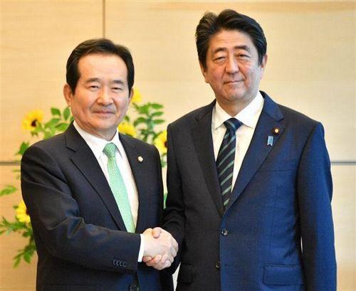 【上から目線】韓国国会議長「平昌五輪、日本人観光客少なかったら東京五輪に1人も行かせない」=安倍総理の椅子の大きさでも難癖