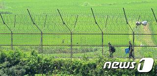 【珍島犬1号】韓国軍、全軍に最高レベルの警戒態勢 「対北放送を中断しない」