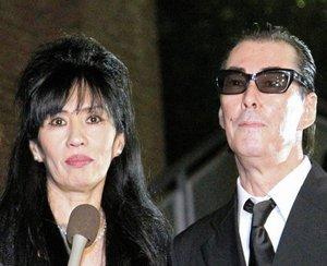 【シーナ&ロケッツ】シーナさん死去 夫・鮎川誠氏「2人の愛は永遠だぜ」 「ROKKET RIDE」を聴きながら息を引き取る