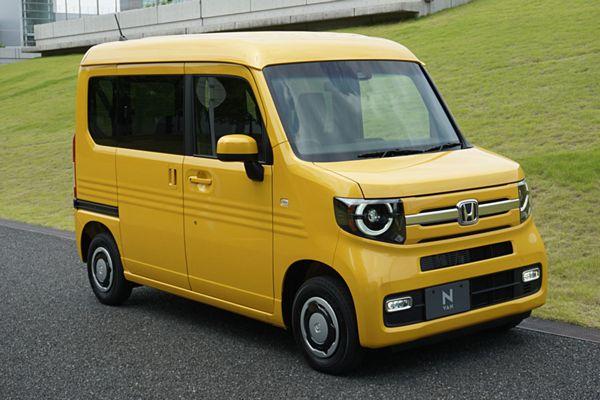 【ホンダ N-VAN】「N-BOX」ベースの19年ぶり軽バン 価格126万円~179万円=全車「ホンダセンシング」標準装備