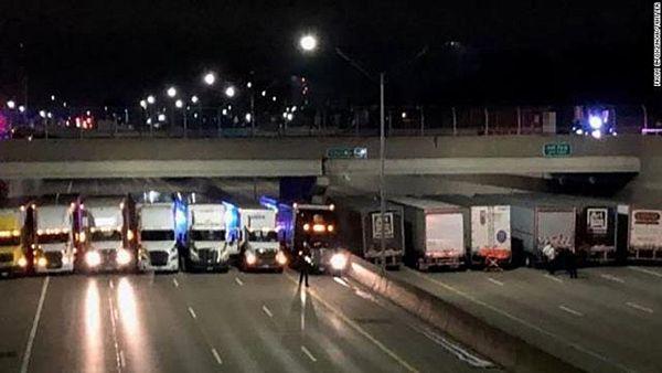 【米デトロイト】飛び降り自殺図ろうとした男性、大型トラック13台が並んで阻止