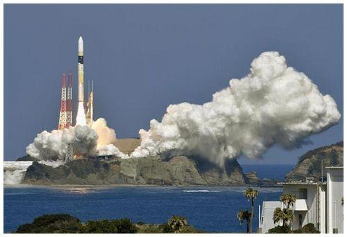 【H2Aロケット】偵察衛星打ち上げ成功 北朝鮮の監視強化へ=約30センチの高解像度
