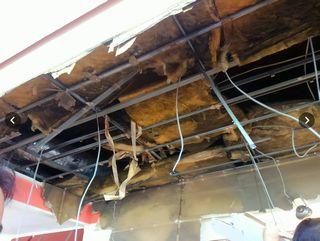 【神奈川平塚】デニーズ平塚海岸店 食事中に天井落下、2人けが=原因不明も営業再開
