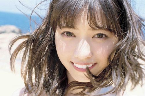 【GIF画像】西野七瀬さん、お●ぱいの谷間を大胆披露wwwwwwwwwwwww