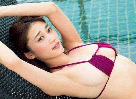 原幹恵ちゃん(今年30歳)の最新水着グラビアが熟女の色気むんむんが最高だと話題に!