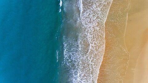 【驚愕】中国の海岸に流れ着いたものがトンでもない……(※衝撃画像あり)
