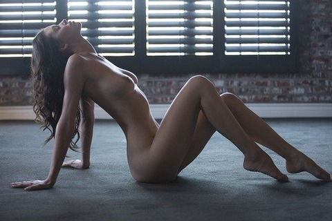 美女美乳巨乳 (30)