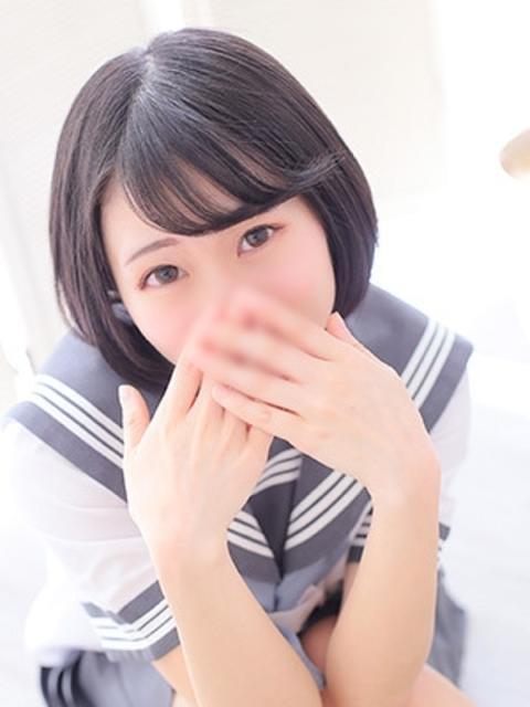 girl_5d734511e5ecc6.59555110_480x640