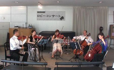 20110723ロビコン演奏前3