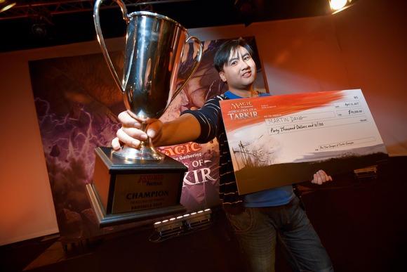 【MTG】ドラフト及びスタンダードで行われたプロツアー『タルキール龍紀伝』 優勝は赤単タッチ緑アグロのMartin Dang選手に 準優勝は日本より八十岡翔太選手